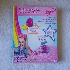 JoJo Make You Own Sparkling Soaps